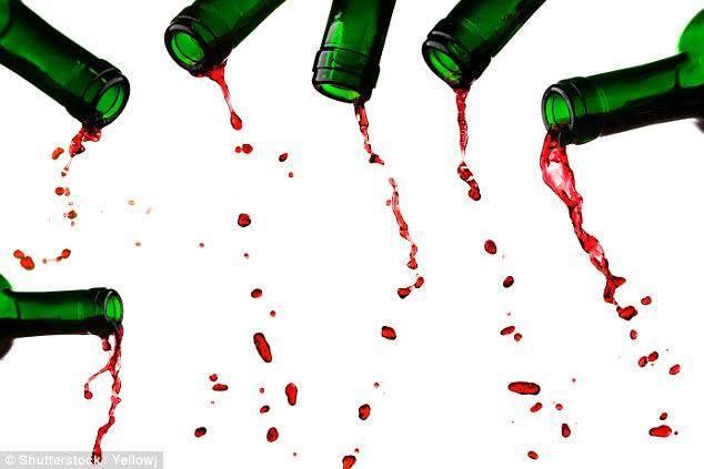 gocciola bottiglia vino